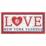 Yankees Sign